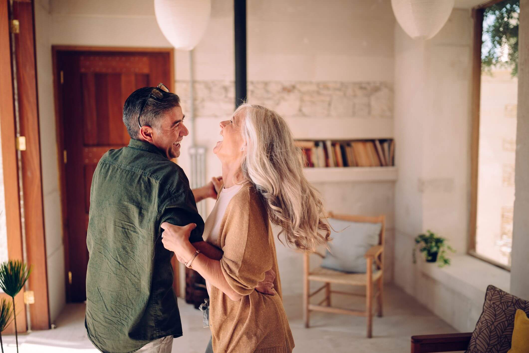 Saiba como deixar o apartamento mais seguro para idosos