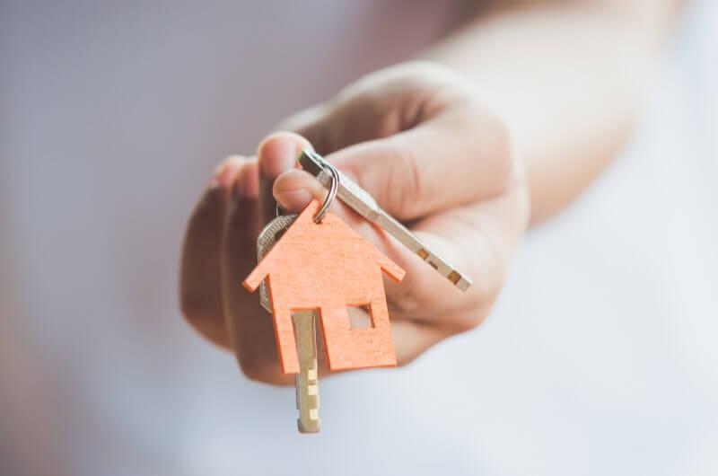 Chaves de casa | Diferenças entre o Casa Verde e Amarela e o Minha Casa Minha Vida | Minha Casa Minha Vida | Blog da Tenda