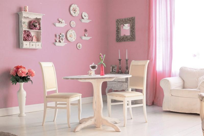 Sala de Jantar com Estilo Romântico com parede rosa   Blog da Tenda